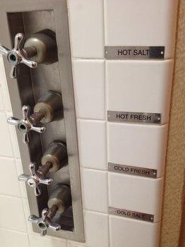 Queen Mary bathroom