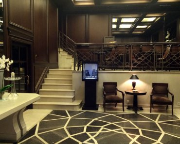 The lobby at the Hera Hotel