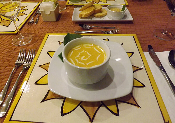 Mansion de la Luz restaurant