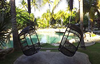 fairmont-acapulco-chairs350