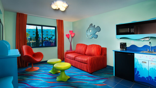 Finding Nemo Family Suite Living room-vn-g00