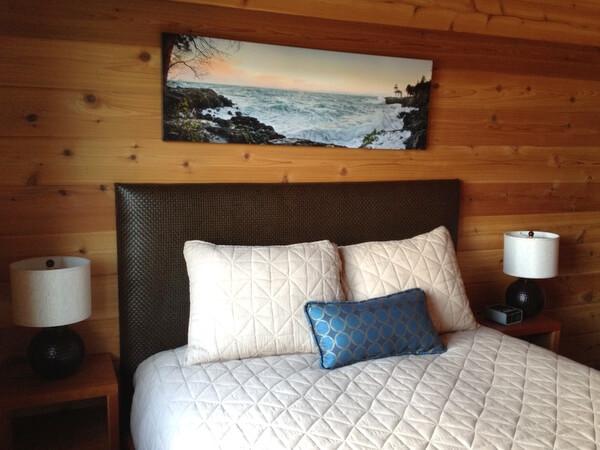Cottage bedroom, Snug Harbor Resort, San Juan Island, Washington