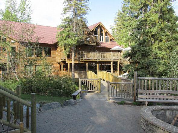 triple creek ranch, montana hideaway, lodge
