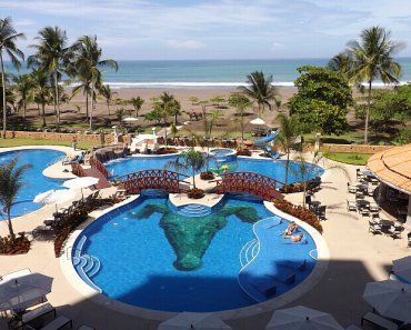 Crocs Casino Beach Resort Costa Rica – in Easy-to-Reach Jaco