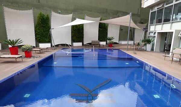 Guatemala City hotel swimming pool