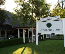 Geyserville Inn Entrance