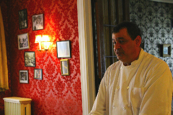 Chef Domonick Gallo pairs tales of the Naples Hotel ghosts with Italian flavors
