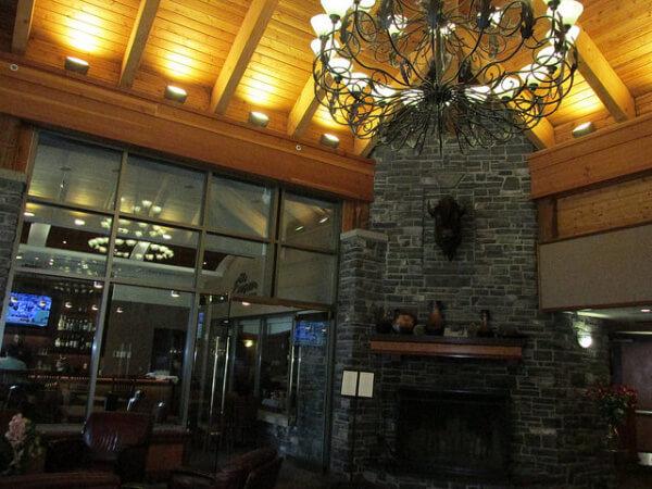 delta banff canadian lodge, lobby, banff hotel