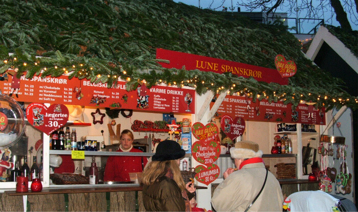 Copenhagen Christmas with mulled wine (gløgg) and warm apple fritters at Tivoli Gardens