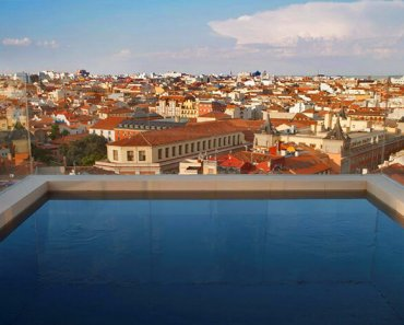 Minimalist and Modern: Madrid's Dear Hotel