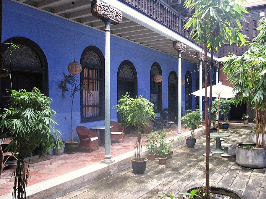 courtyard at blue mansion
