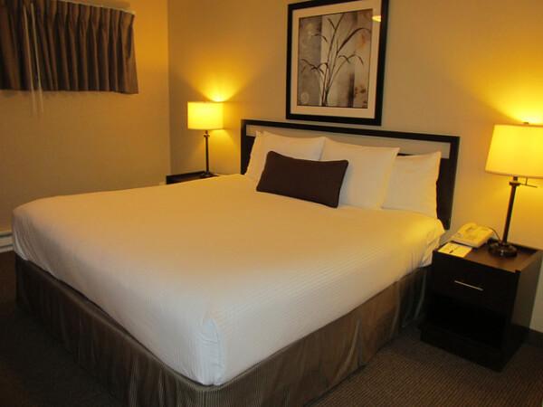 lakeshore inn, hotel, suite