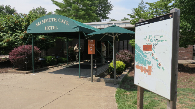 hotel at Mammoth Cave Kentucky