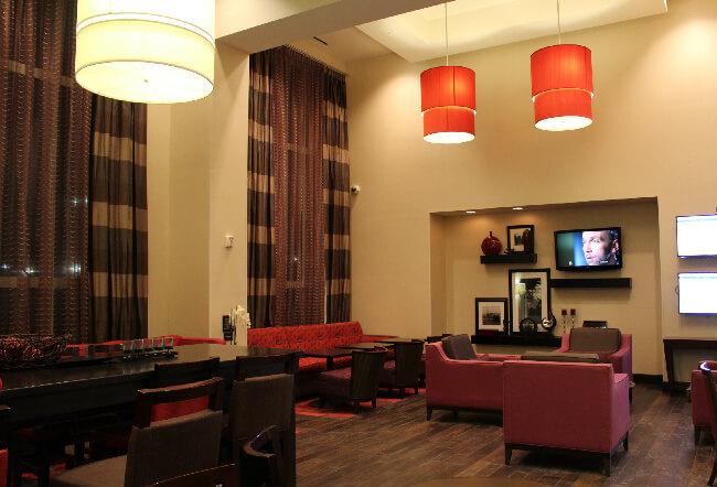 hampton inn lobby 1