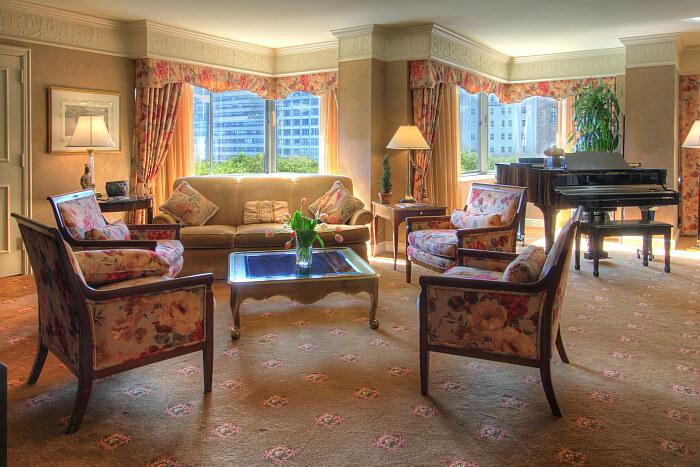 Rittenhouse hotel suite