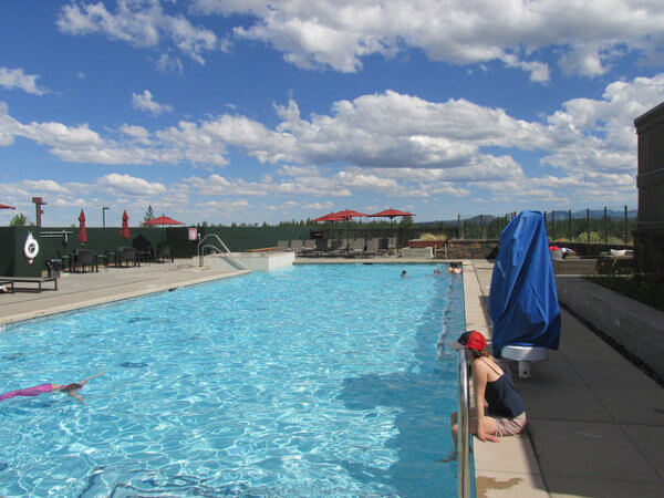 tetherow swimming pool, tetherow golf, tetherow, bend, oregon
