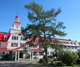 Entrance to Hotel Tadoussac