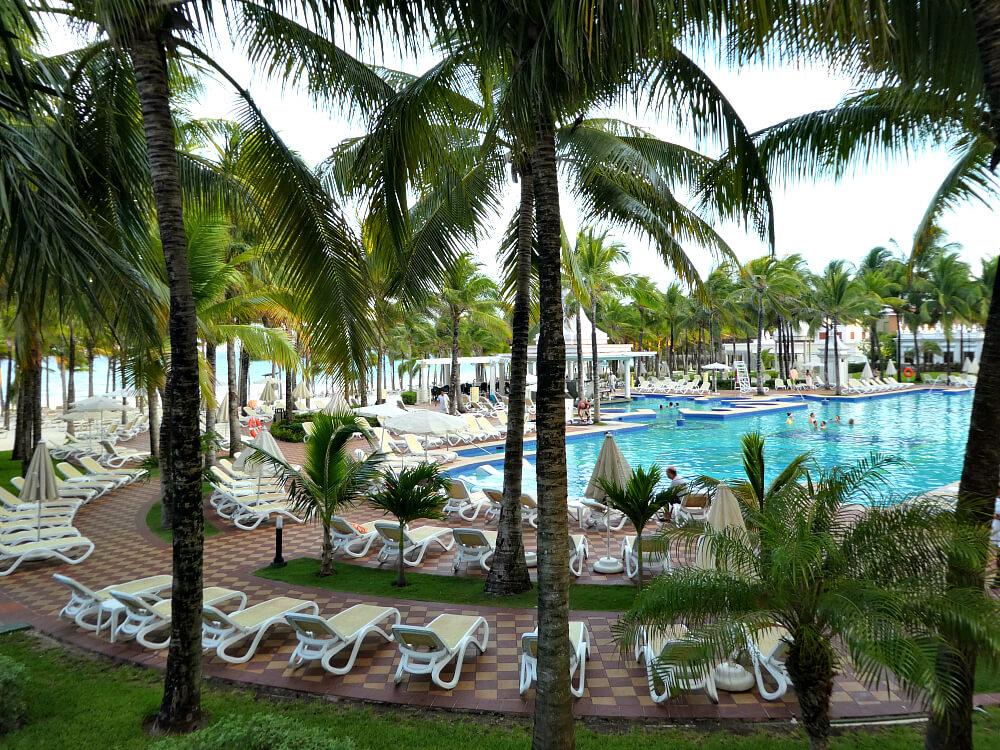 riu-palace-riviera-maya-poolview