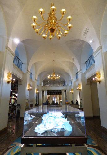 Vinoy Hotel St. Pete lobby