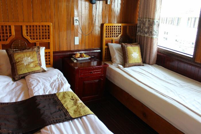 Seasun Cruise Two Twin Bed Room