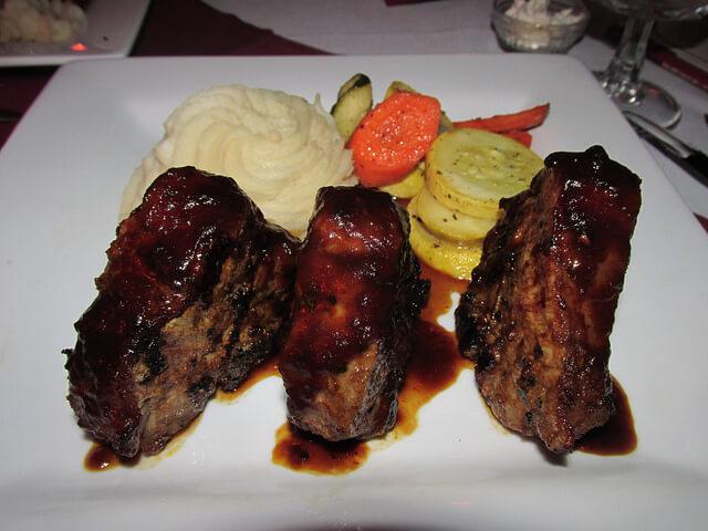 lamb chops, jacksonville inn, jacksonville, oregon, restaurant