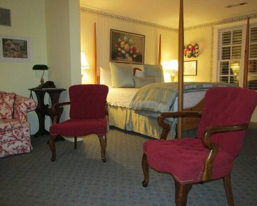 jacksonville inn, robbie collins cottage, honeymoon cottage, pet-friendly, southern oregon
