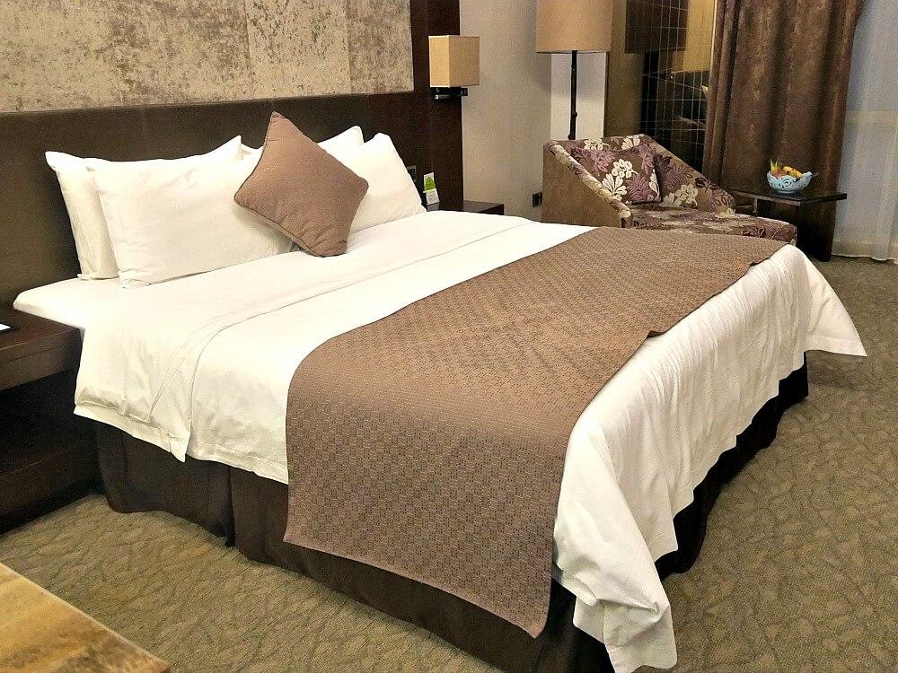 vanburgh-guest-room