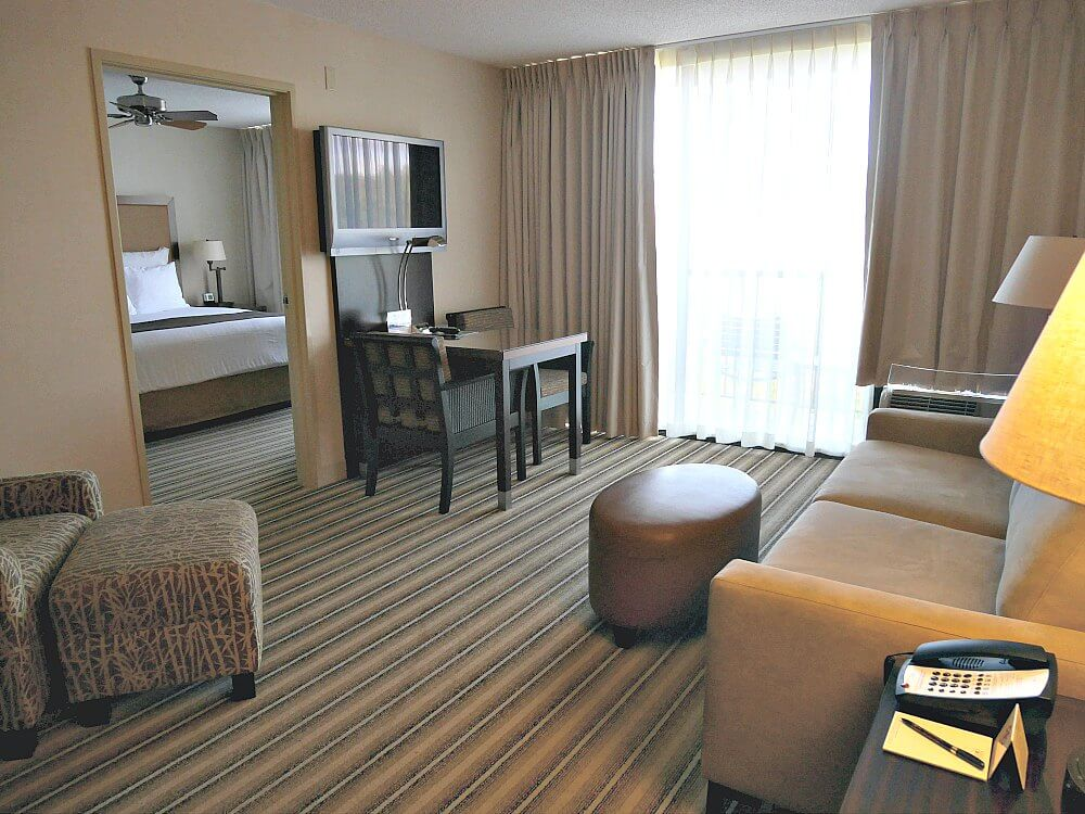 maui-coast-living-room