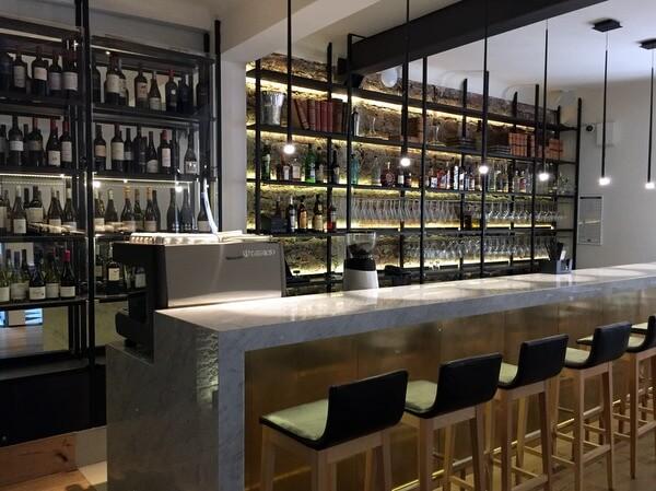 Bar, Hotel Magnolia, Santiago, Chile