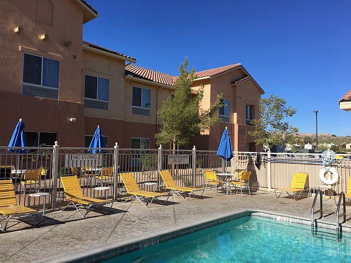 Fairfield Inn & Suites Twentynine Palms-Joshua Tree National Park pool