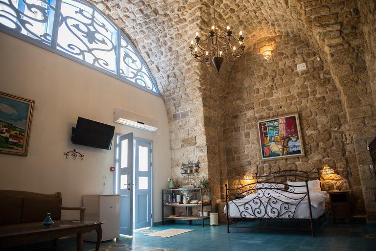 Arabesque Evokes Art and History in Akko's Old City