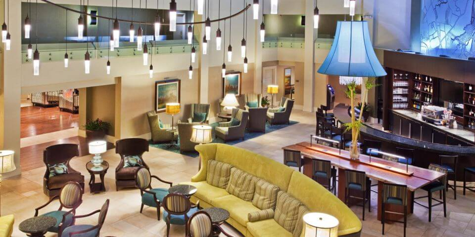 Business Convenience at Crowne Plaza Charleston Airport