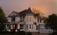 White Lions Bed & Breakfast: Victorian Charm in Central Iowa
