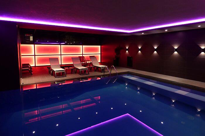 Hotel Privilege Tirana indoor pool