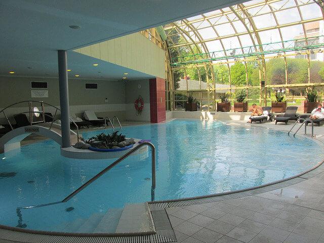 indoor pool, salt water pool, heated pool, intercontinental prague, hote pool