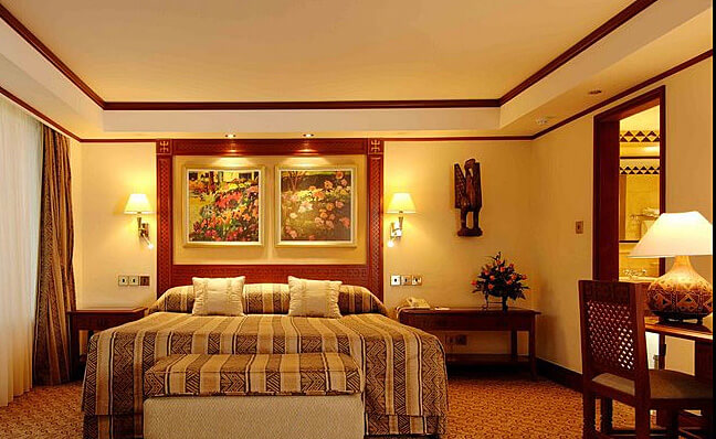 Guest Room (Photo courtesy of Nairobi Serena Hotel)