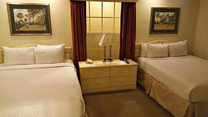 Mystic Dunes Resort in Orlando, Florida features a 2-bedroom villa.