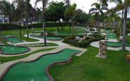 minature golf, westin lagunamar ocean resort villas & spa, cancun, mexico
