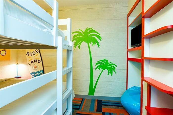 bunk beds at Orlando Suites