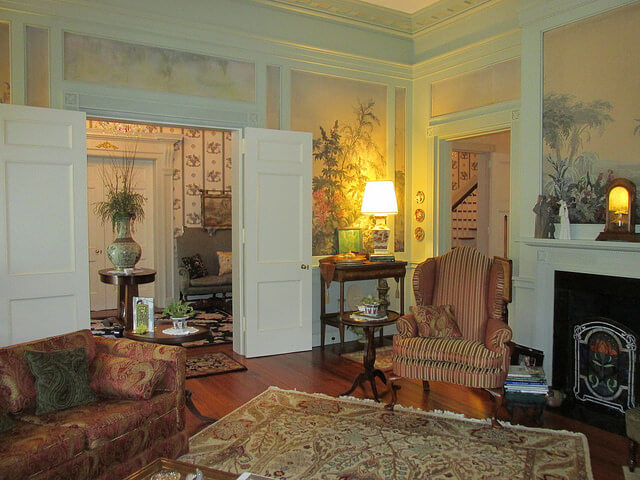 parlor, bloomsbury inn, camden, south carolina
