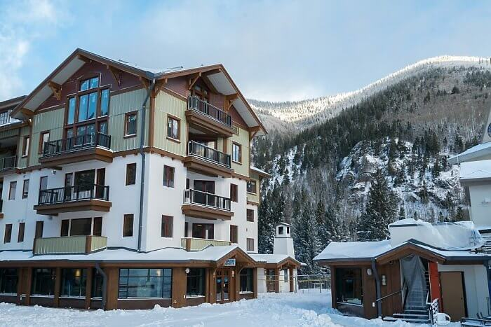 The blake at taos ski valley new mexico for Boutique hotel ski