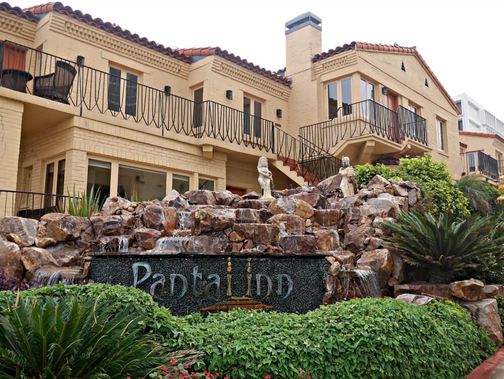 Pantai Inn Delivers Oceanfront Luxury in La Jolla