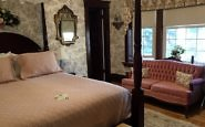 Birmingham Manor: A Stratford, Ontario, B&B for Theater Fans