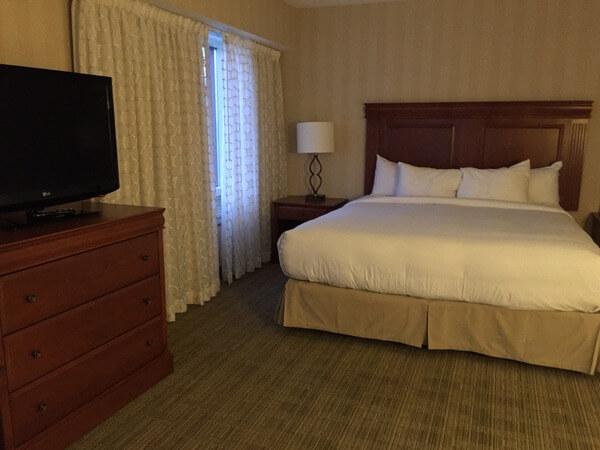 Guest room, DoubleTree Fallsview, Niagara Falls, Ontario, Canada