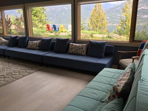 Lounge, The Sentinel, Kaslo BC Canada