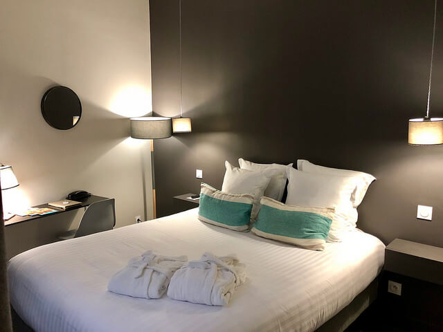 hotel de toury, boutique hotel, double bed, bordeaux, france,