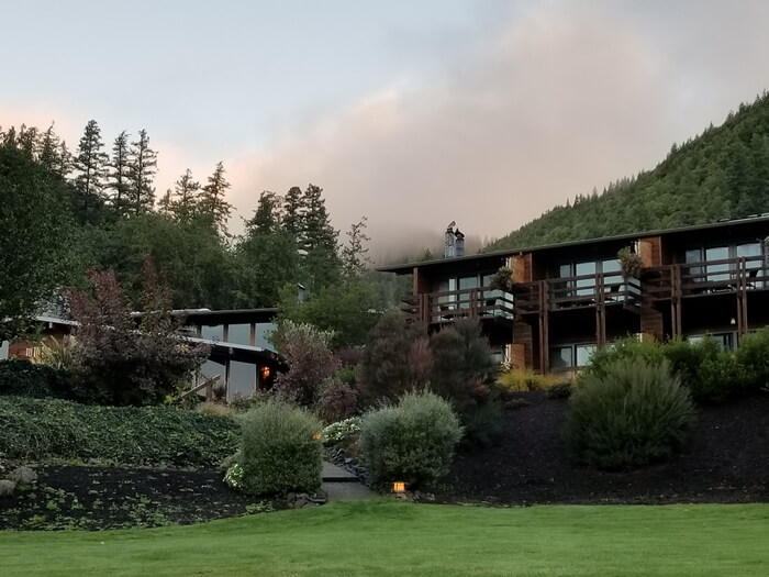 A Slice of Heaven: Tu Tu' Tun Lodge in Gold Beach, Oregon