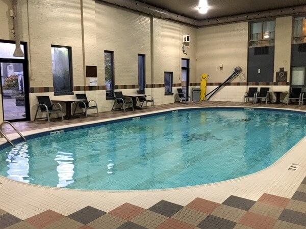 Pool, Quattro Hotel, Sault Ste. Marie, Ontario, Canada