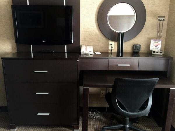 Guest room2, Quattro Hotel, Sault Ste. Marie, Ontario, Canada
