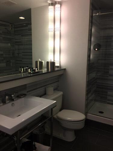 bathroom at Hotel de Anza San Jose
